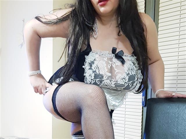 LAURA436